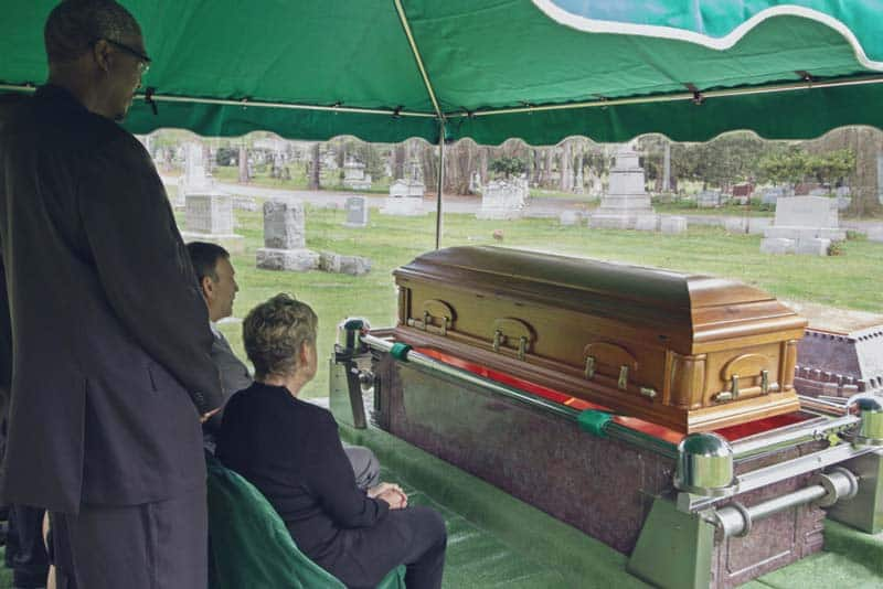 Cremation vs. Traditional Burial - Pro's and Con's